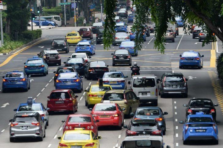 'สิงคโปร์' ออกกฎหมายเข้มจำกัดจำนวนรถบนถนน ทำราคารถพุ่งเฉลี่ย 2.6 ล้าน