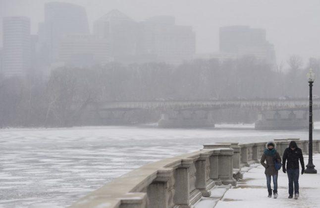 หนาวสุดขั้ว! ชมภาพบรรยากาศความเย็นยะเยือกในสหรัฐ หนาวเหน็บกว่าดาวอังคาร