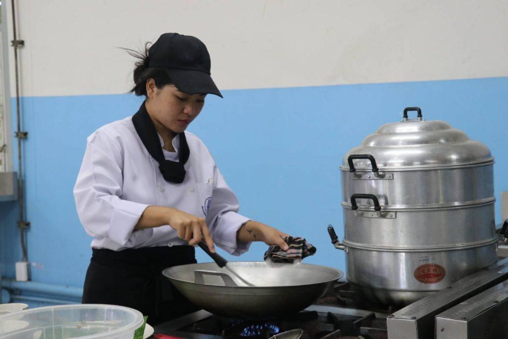 กพร.เปิดรับสมัครเข้าคอร์สติวเข้มกุ๊กอาหารไทย หนุนครัวไทยสู่ครัวโลก
