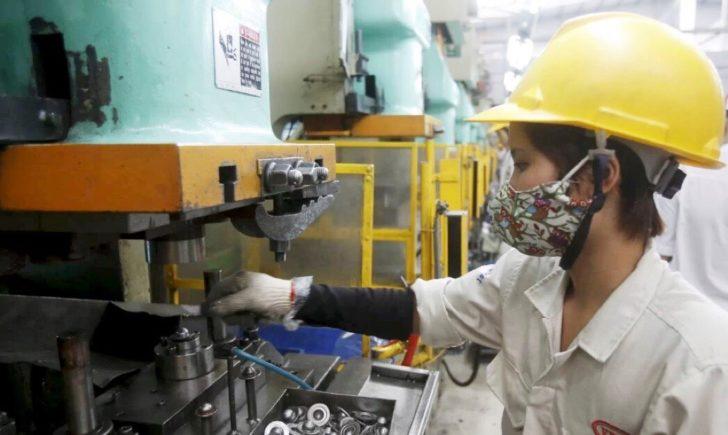 """แห่ลงทุน """"เวียดนาม"""" ห่วงแรงงานทักษะไม่พอ"""