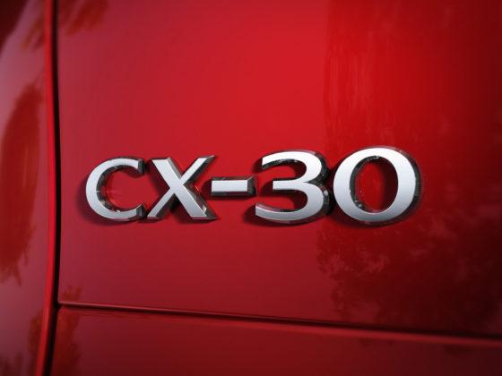 """เปิดทุกซอกมุมโครงสร้างตัวถังใหม่ """"มาสด้า CX-30"""" การันตีความปลอดภัยระดับโลก"""