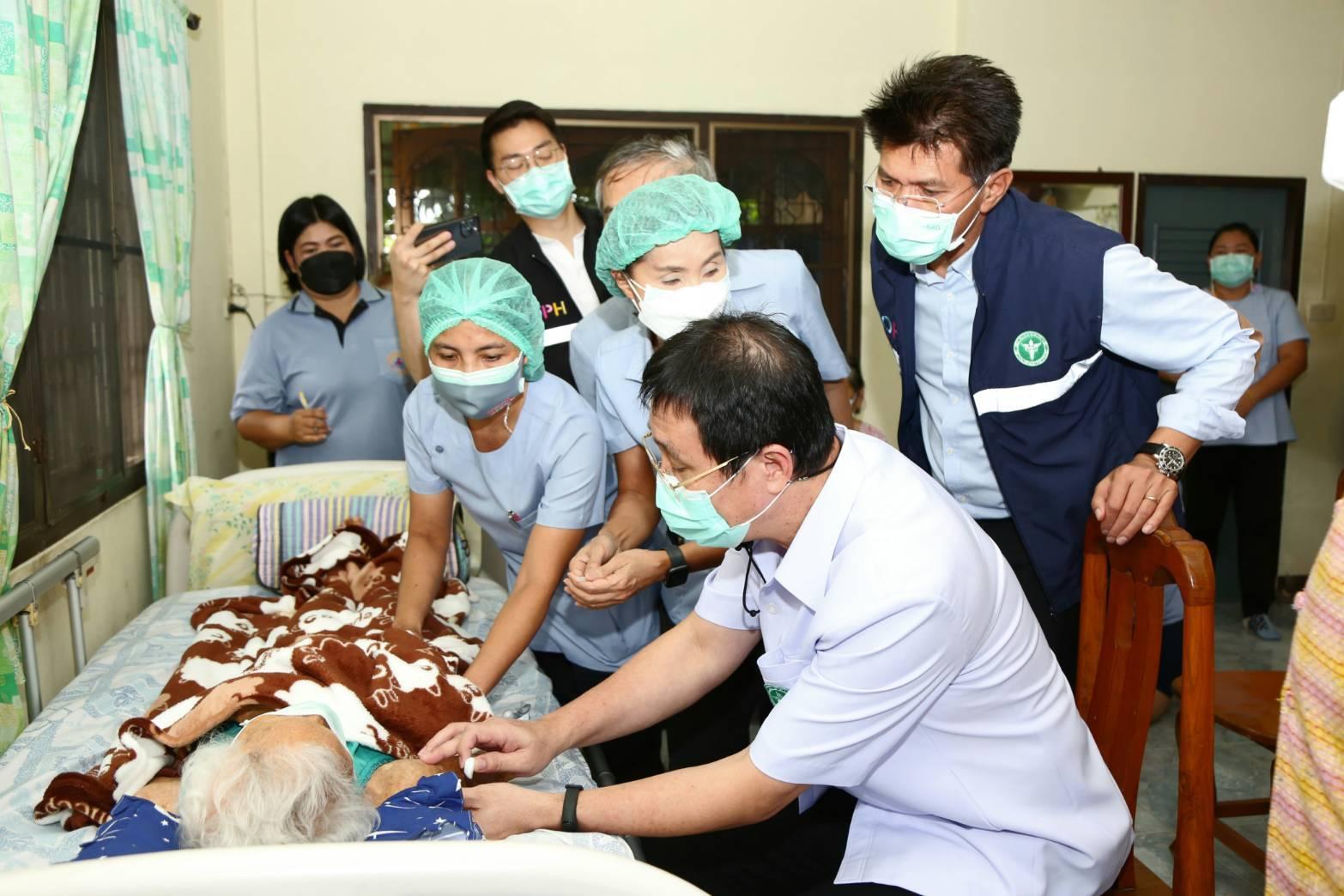 สธ. เร่งฉีดวัคซีน 3 จังหวัดภาคตะวันออก รับลูก ศบค. เปิดเมืองท่องเที่ยว – ธุรกิจ