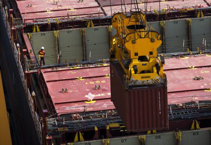 การท่าเรือฯ - ตู้สินค้า